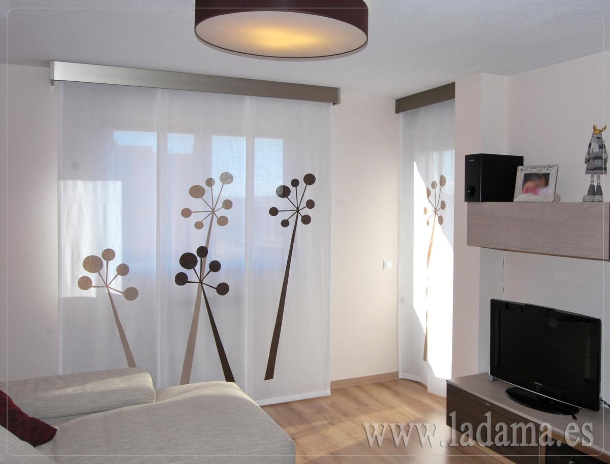 Paneles japoneses personalizados y originales en zaragoza for Decoracion cortinas salon moderno