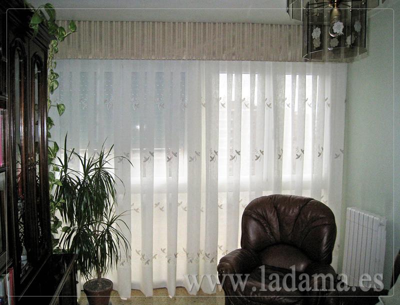 Volantes para cortinas de estilo cl sico la dama decoraci n for Cortinas cocina confeccionadas