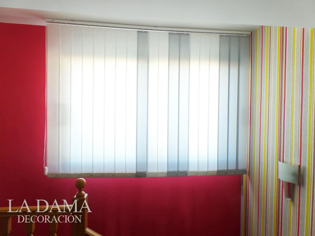 Cortinas verticales de loneta resinada en zaragoza - Cortinas verticales online ...