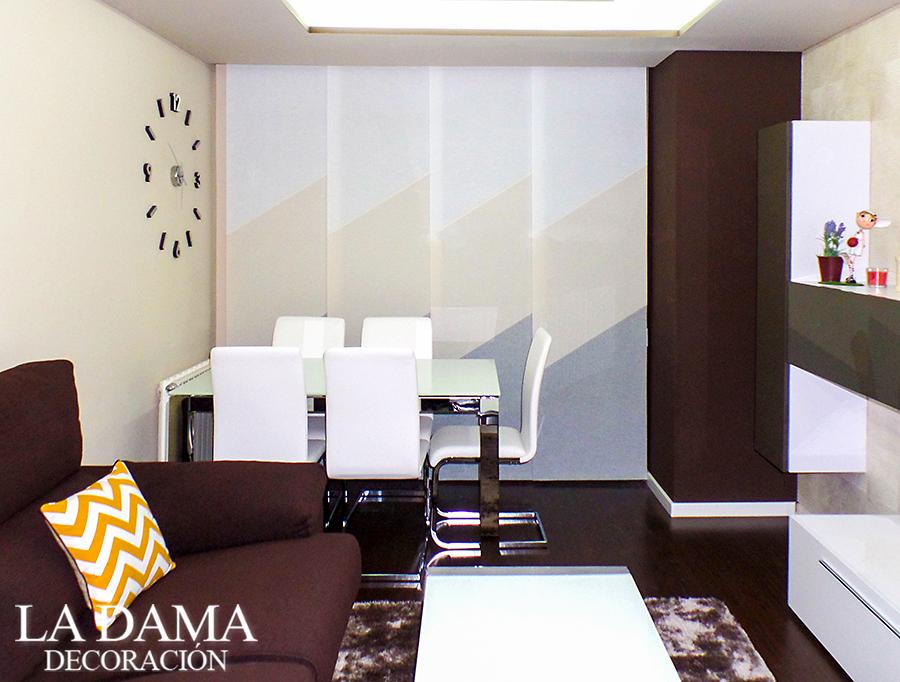 Panel japon s diagonal en sal n la dama decoraci n - Simulador decoracion salon ...