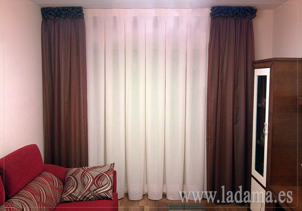 Cortinas modernas sal n y dormitorio - Disenos de cortinas de tela ...