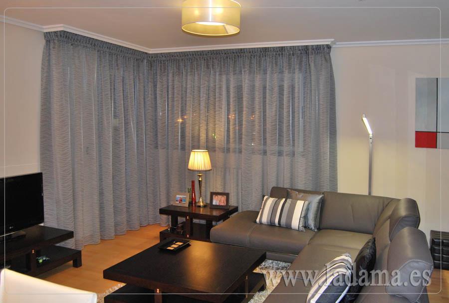 Cortinas modernas sal n y dormitorio for Modelos de cortinas de salon
