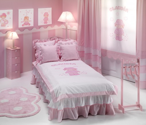 Dormitorio de niña personalizado con telas para niñas de la colección Coquetas