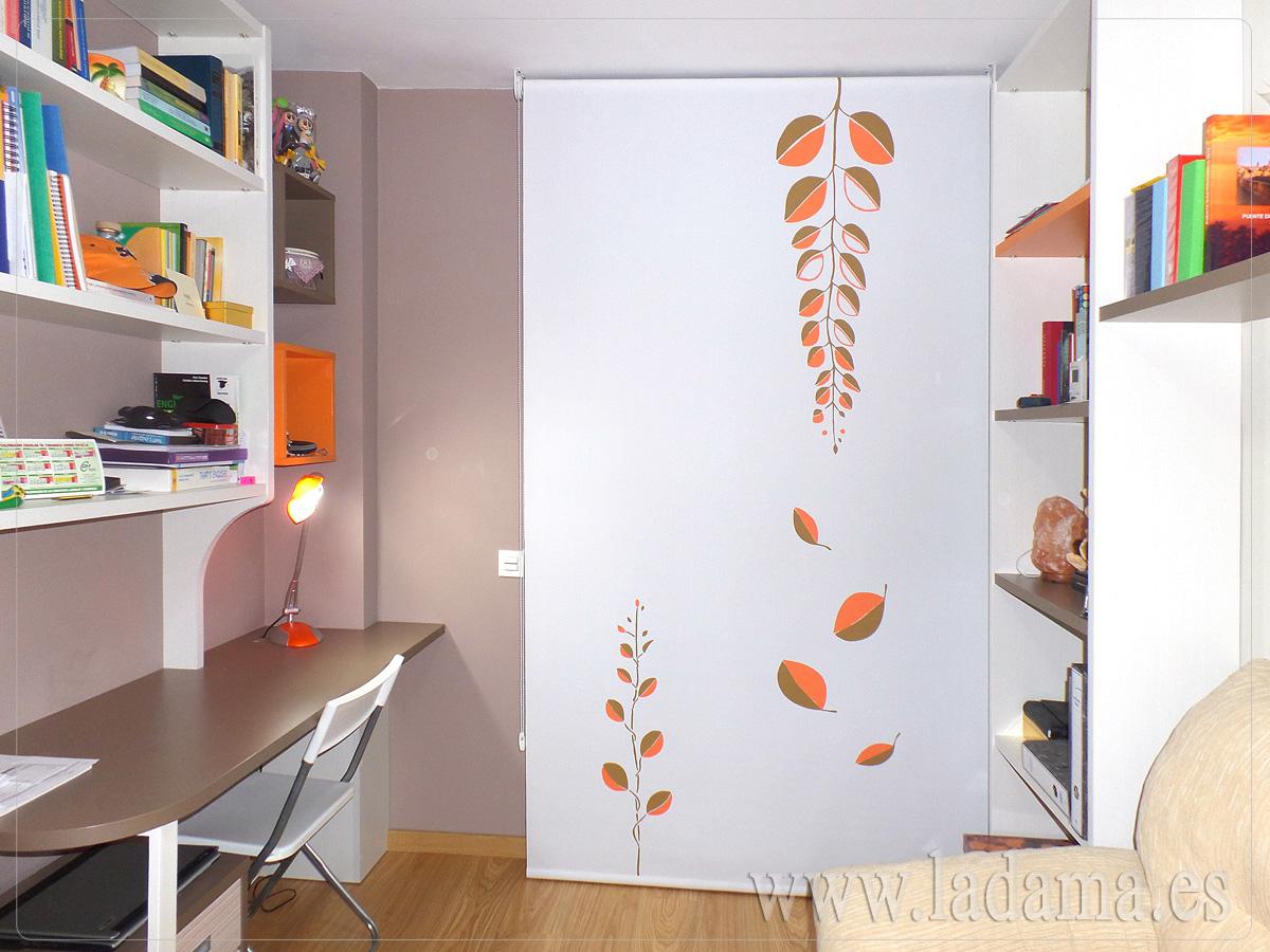 Cortinas enrollables de la ventana de colores en zaragoza for Simulador cocinas online