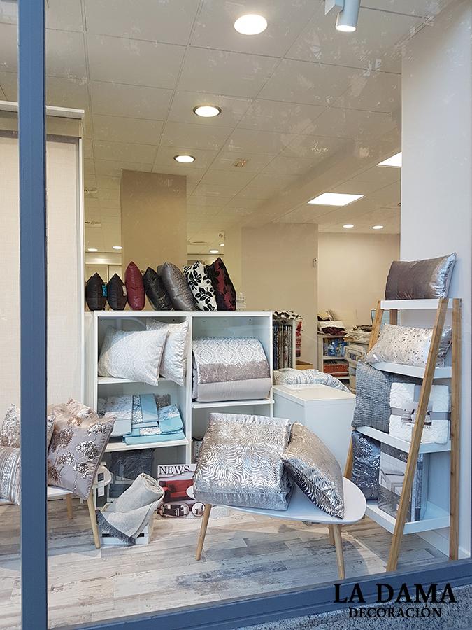 Nueva tienda de cortinas en zaragoza la dama decoraci n for Tiendas de decoracion en zaragoza