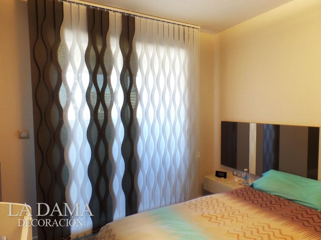 Cortinas Verticales Violetta Concept en Dormitorio